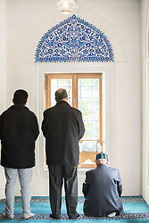 October 3, 2017 - Berlin, Germany - Muslims during the Dhuhr prayer in the Sehitlik Mosque in tne Neukoelln district on the Open Mosques Day on October 3, 2017. (Credit Image: © Emmanuele Contini/NurPhoto via ZUMA Press)