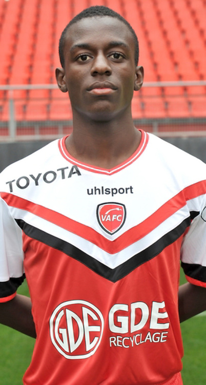 Jean Luc DOMPE - 19.10.2014 - Portrait Officiel Valenciennes - Ligue 2<br /> Photo : Icon Sport