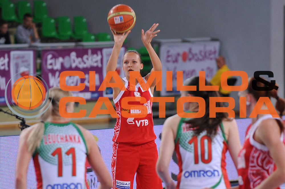 DESCRIZIONE : Bydgoszcz Poland Polonia Eurobasket Women 2011 Round 2 Bielorussia Russia Belarus Russia<br /> GIOCATORE : elena Danilochkina<br /> SQUADRA : Russia Russia<br /> EVENTO : Eurobasket Women 2011 Campionati Europei Donne 2011<br /> GARA : Bielorussia Russia Belarus Russia<br /> DATA : 23/06/2011 <br /> CATEGORIA : <br /> SPORT : Pallacanestro <br /> AUTORE : Agenzia Ciamillo-Castoria/M.Marchi<br /> Galleria : Eurobasket Women 2011<br /> Fotonotizia : Bydgoszcz Poland Polonia Eurobasket Women 2011 Round 2 Bielorussia Russia Belarus Russia<br /> Predefinita :