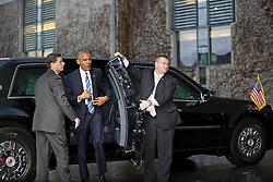 November 17, 2016 - Berlin, Germany - Bundeskanzlerin Angela_Merkel empfaengt den US-Praesidenten Barack Obama am 17.11.2016 im Bundeskanzleramt. Mit einem Kuss auf die Wange haben sich der scheidende US-Praesident Barack Obama und Bundeskanzlerin Angela_Merkel begruesst.   German Chancellor Angela_Merkel welcomes the US President Barack Obama on 17/11/2016 at the Federal Chancellery. With a kiss on the cheek, the outgoing US President Barack Obama and Chancellor Angela_Merkel have welcomed..Credit: Stocki/face to face (Credit Image: © face to face via ZUMA Press)