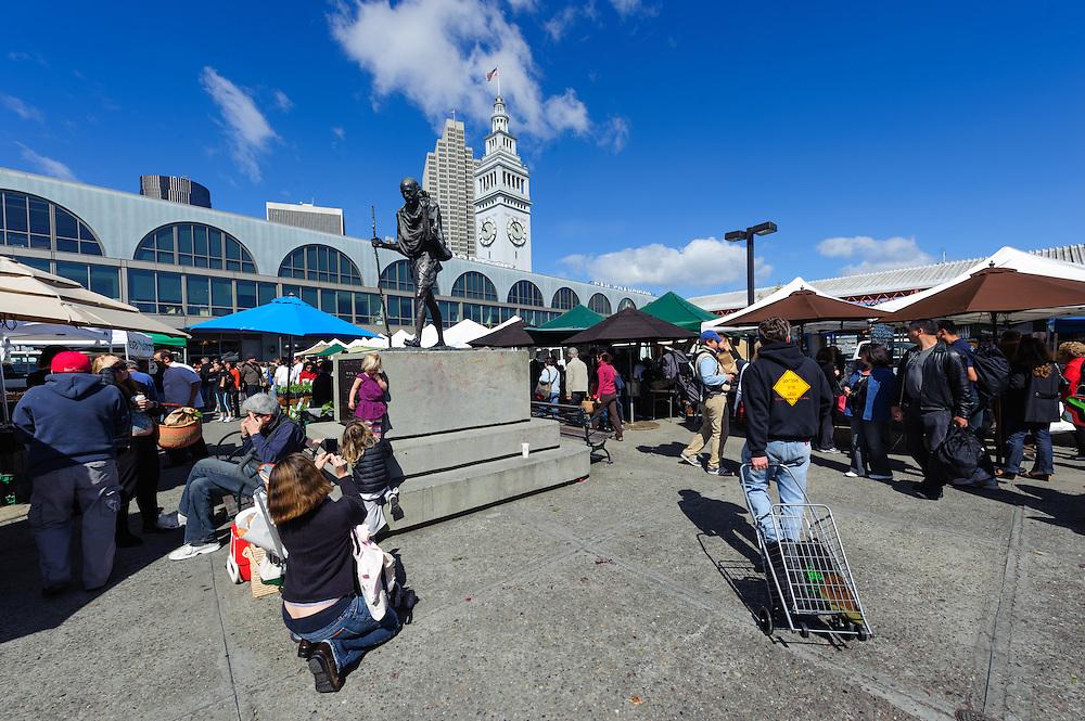 Ferry Plaza Farmers Market, San Francisco, California, Ferry Building, Embarcadero