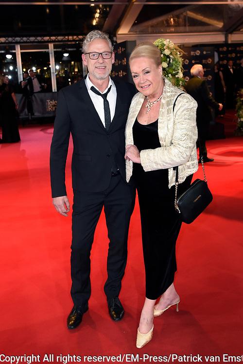 Gouden Televizier-Ring Gala 2017 in AFAS live, Amsterdam<br />  <br /> Op de Foto:   Viola Holt en Johnny Heuckenroth