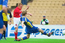 KIEV, UKRAINE - Wednesday, June 6, 2001: Wales' Mark Pembridge in action against Ukraine during the FIFA World Cup Qualifying Group Five match at the Olimpiysky Stadium. (Pic by David Rawcliffe/Propaganda)