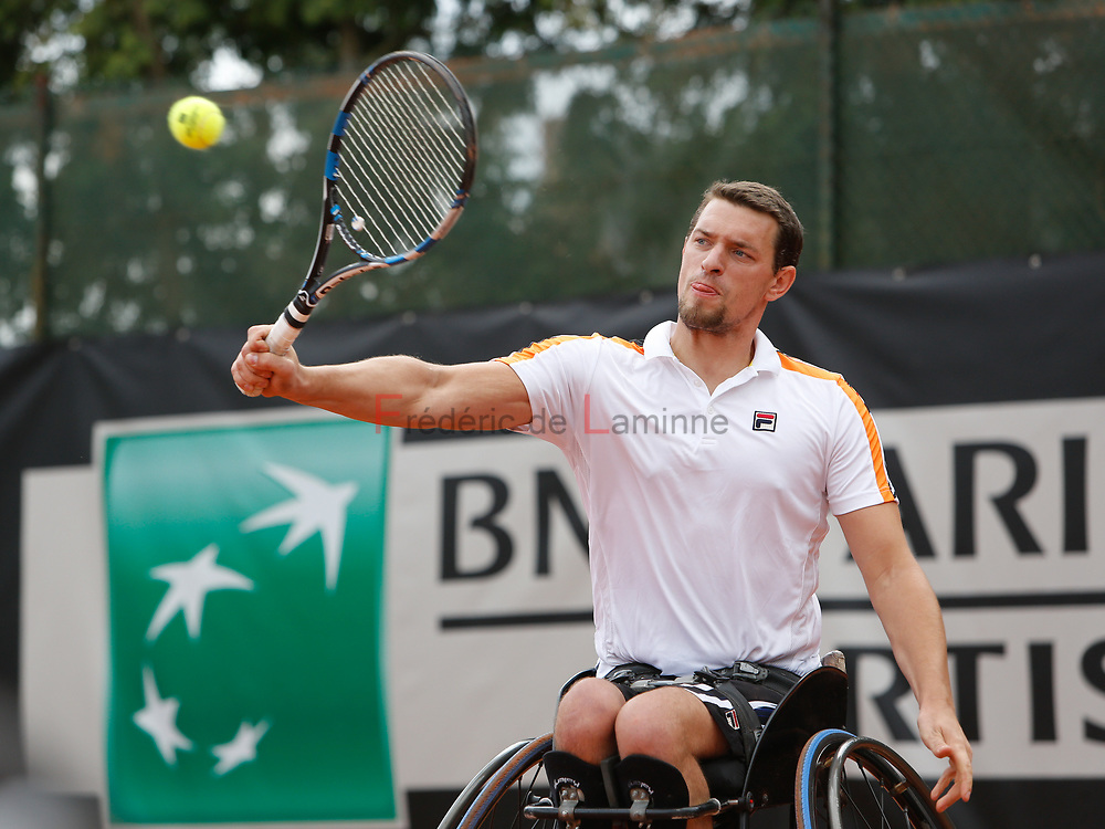 20170728 - Namur, Belgium : Joachmim Gérard (BEL) returns the ball during his 1/4th final match against Evans Maripa (RSA) at the 30th Belgian Open Wheelchair tennis tournament on 28/07/2017 in Namur (TC Géronsart). © Frédéric de Laminne