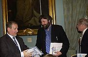 Award winners Simon Kelner and Steve Bell.  Political Studies Association awards, 2005. Institute of Directors. Pall Mall. London. 29 November 2005. ONE TIME USE ONLY - DO NOT ARCHIVE  © Copyright Photograph by Dafydd Jones 66 Stockwell Park Rd. London SW9 0DA Tel 020 7733 0108 www.dafjones.com