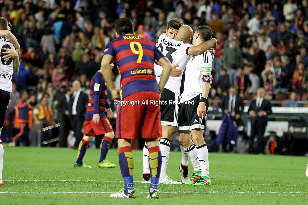 17.04.2016. Nou Camp, Barcelona, Spain. La Liga. Barcelona versus Valencia's players celebrating their victory in the Nou Camp