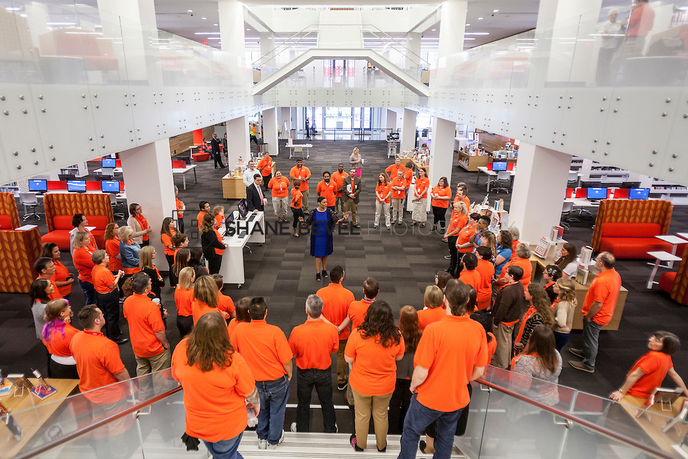 10/1/16 9:19:13 AM -- Tulsa City-County Library opens the new Central Library in downtown Tulsa, Okla. <br /> <br /> Photo by Shane Bevel