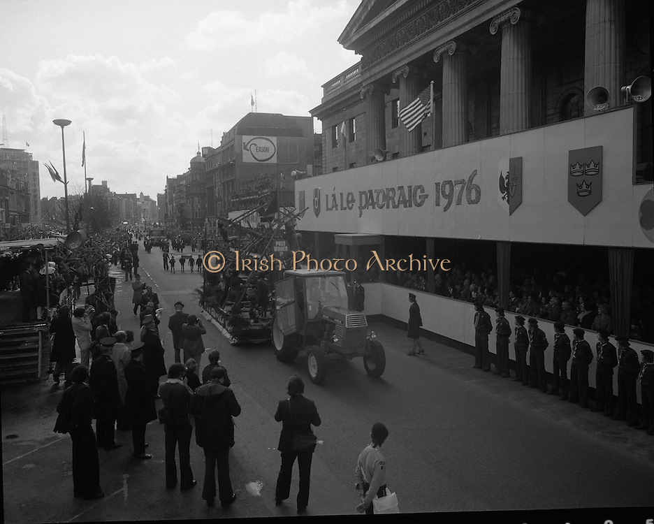 St Patricks day Parade, Dublin .17/03/1976.03/17/1976.17th March 1976.A parade float passes the GPO, O'Connell Street.