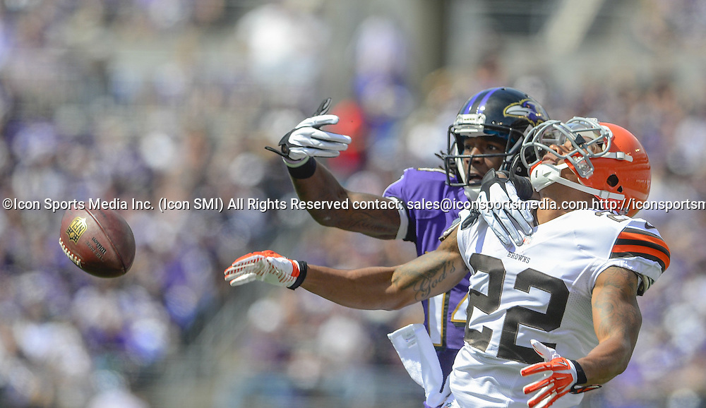 Sept. 15, 2013 - Baltimore, MD, USA - Baltimore Ravens wide receiver Marlon Brown can't come up with a long pass from quarterback Joe Flacco while being defended by Cleveland Browns cornerback Buster Skrine during the first half of their game on Sunday, September 15, 2013, in Baltimore, Maryland