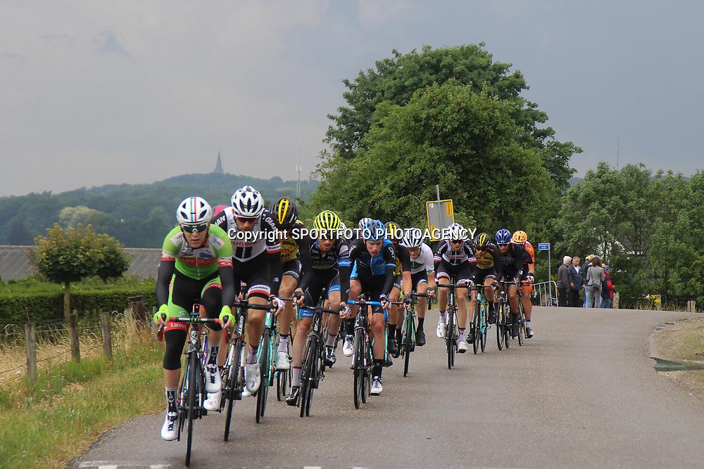 25-06-2017: Wielrennen: NK weg elite: Montferland<br />s-Heerenberg (NED) wielrennen<br />NK Wielrennen Elite  <br />Omvangrijke kopgroep pakte maximaal 7 minuten voorsprong