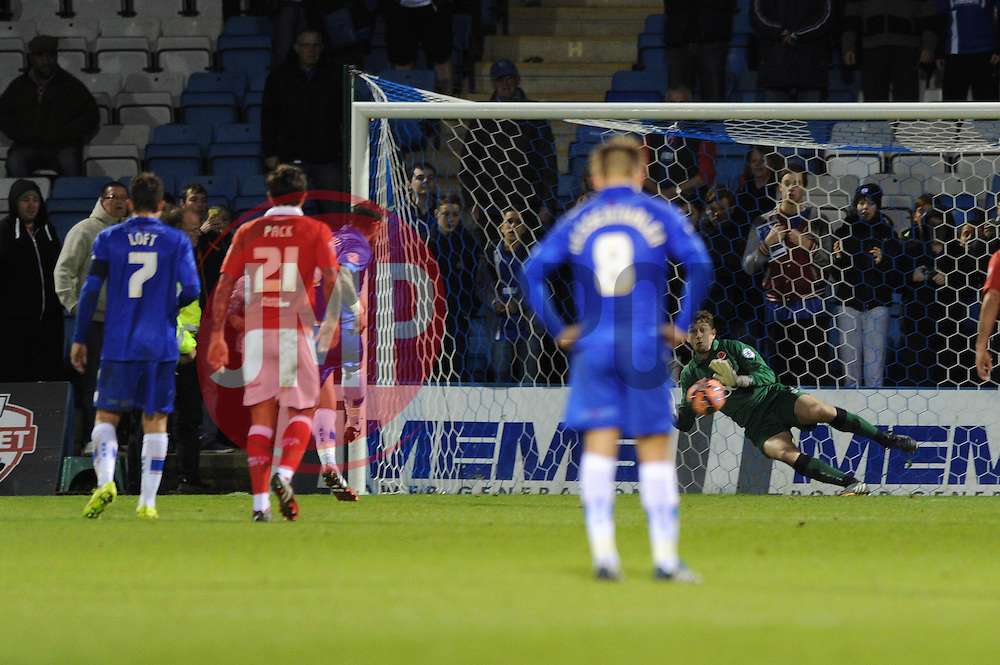 Gillingham's Danny Kedwell scores a penalty - Photo mandatory by-line: Dougie Allward/JMP - Mobile: 07966 386802 - 08/11/2014 - SPORT - Football - Gillingham - Priestfield Stadium - Gillingham v Bristol City - FA Cup - Round One