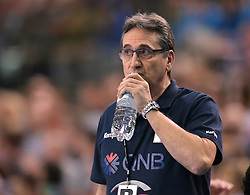 11.03.2016, Leipzig, GER, Handball Länderspiel, Deutschland vs Katar, Herren, im Bild Qatar Trainer Valero Rivera Lopez // during the men's Handball international Friendlies between Germany and Qatar in Leipzig, Germany on 2016/03/11. EXPA Pictures © 2016, PhotoCredit: EXPA/ Eibner-Pressefoto/ Modla<br /> <br /> *****ATTENTION - OUT of GER*****