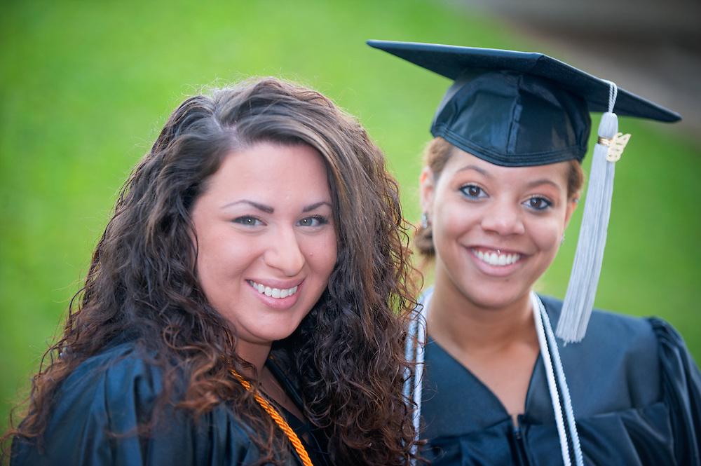Undergraduate Commencement: Ohio University 2009 ...Shannon Jaeger and Jenny Kahle (right)