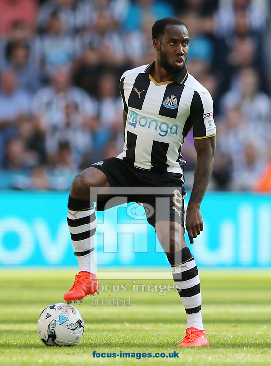 Vurnon Anita of Newcastle United during the Sky Bet Championship match at St. James's Park, Newcastle<br /> Picture by Simon Moore/Focus Images Ltd 07807 671782<br /> 17/09/2016