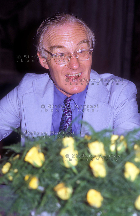Peter Benenson, fondatore di Amnesty International. (31 luglio 1921 - 25 febbraio 2005)