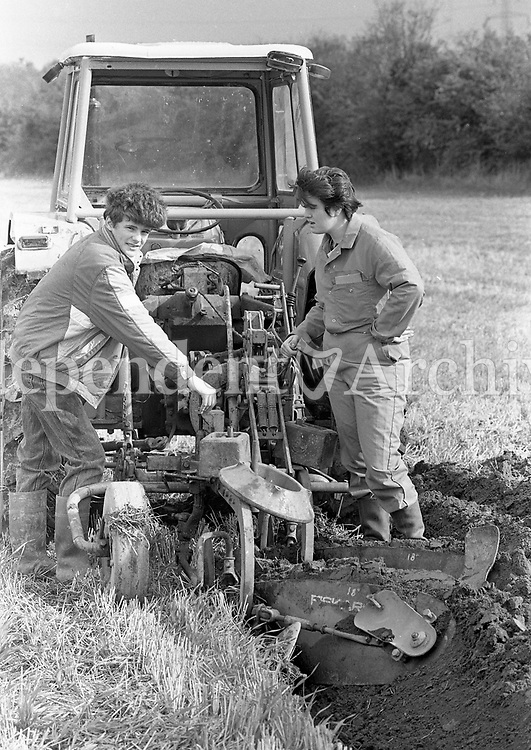 Spratt Family Ploughing, 11/10/1989 (Part of the Independent Newspapers Ireland/NLI Collecton).