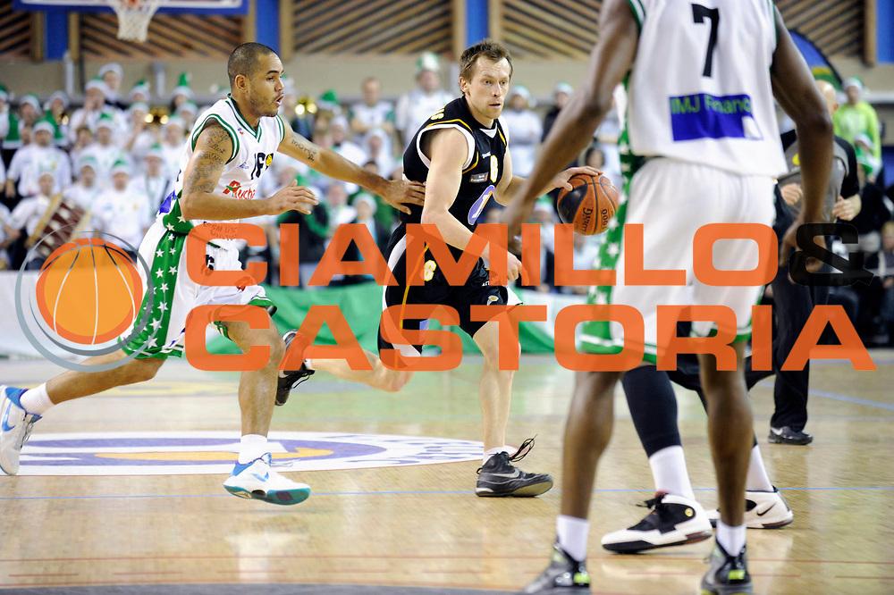 DESCRIZIONE : Championnat de France Basket Ligue Pro B  Reportage Le Portel Boulogne<br /> GIOCATORE : Patiejunas Klemensas<br /> SQUADRA : Boulogne<br /> EVENTO : Ligue Pro B 2010-2011 <br /> GARA : Le Portel Boulogne<br /> DATA : 17/12/2010<br /> CATEGORIA : Basketbal France Ligue Pro B<br /> SPORT : Basketball<br /> AUTORE : JF Molliere par Agenzia Ciamillo-Castoria <br /> Galleria : France Basket 2010-2011 Action<br /> Fotonotizia : Championnat de France Basket Ligue Pro B Le Portel &agrave; Boulogne<br /> Predefinita :