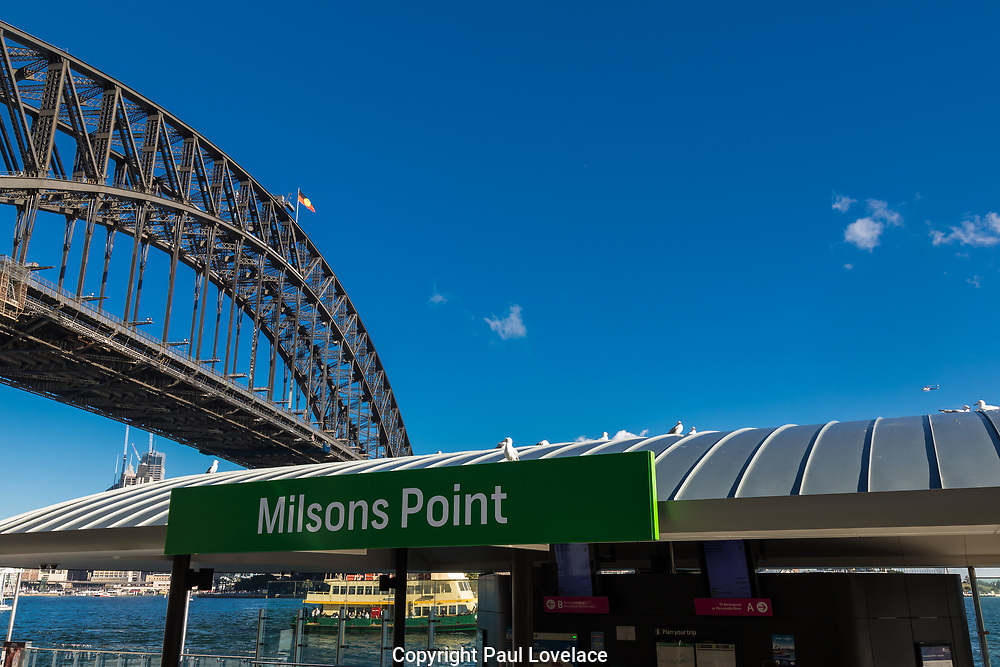 Views of Sydney Harbour Bridge from Kirribilli, Sydney, Australia.