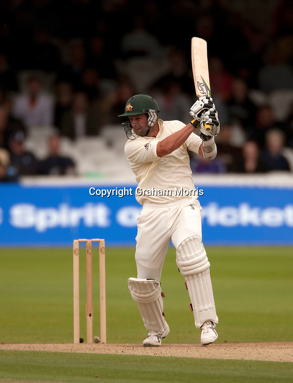 Ben Hilfenhaus bats during the MCC Spirit of Cricket Test Match between Pakistan and Australia at Lord's.  Photo: Graham Morris (Tel: +44(0)20 8969 4192 Email: sales@cricketpix.com) 15/07/10