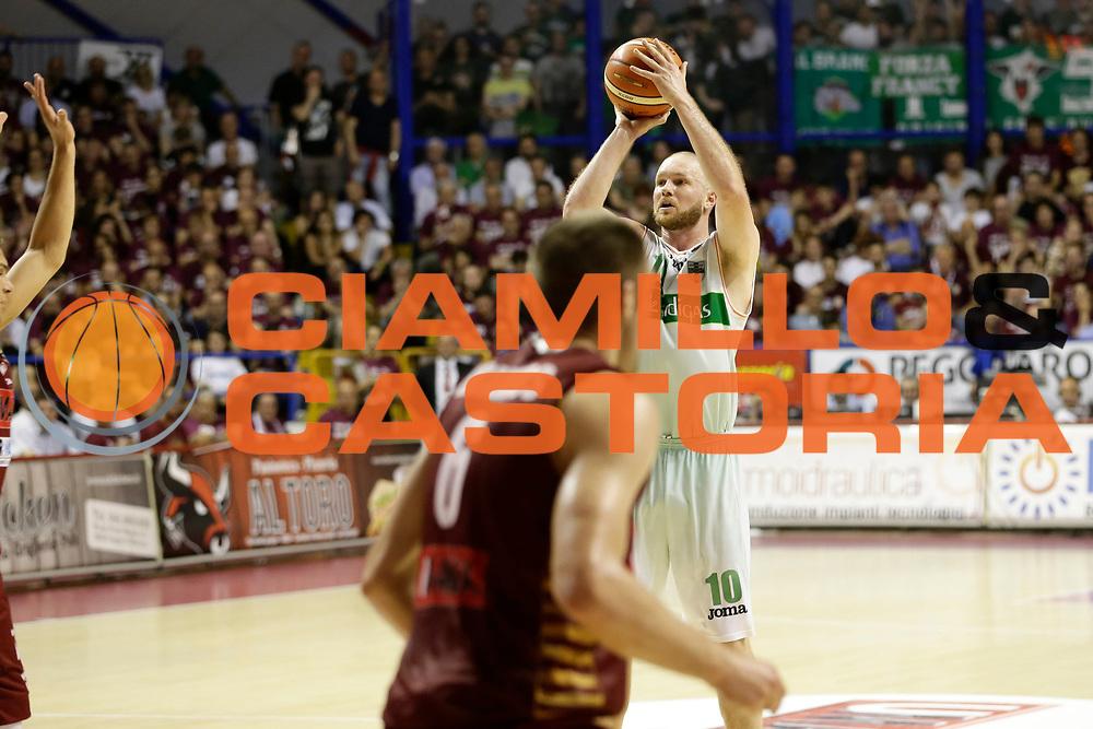 Maartel Leunen<br /> Umana Reyer Venezia - Sidigas Scandone Avellino<br /> Lega Basket Serie A 2016/17 Semifinali Gara 01<br /> Venezia, 26/05/2017<br /> Foto Ciamillo-Castoria / M. Brondi