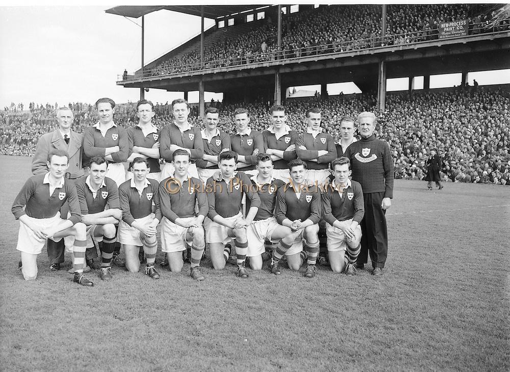 Neg No: 1001/a3626-a3632...17031956IPFCF...17.03.1956...Interprovincial Railway Cup Football - Final...Ulster.00-12.Munster.00-04...Munster