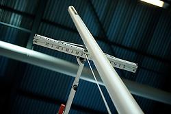 06-02-2010 ATLETIEK: NK INDOOR: APELDOORN<br /> Polsstokkhoogspringen item atletiek hoogte meetlat<br /> ©2010-WWW.FOTOHOOGENDOORN.NL