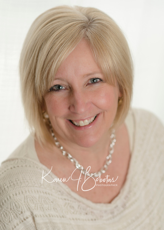 Cathy's headshot session.  ©2014 Karen Bobotas Photographer