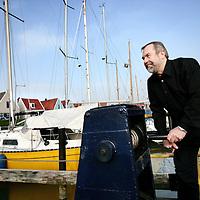 Nederland,Durgerdam ,20 februari 2008..Botenbouwer Frank Mulder van het bedrijf Mulder Design B.V. , hier gefotografeerd in het haventje van Durgerdam..Boat Builder Frank Mulder of Mulder Design company.