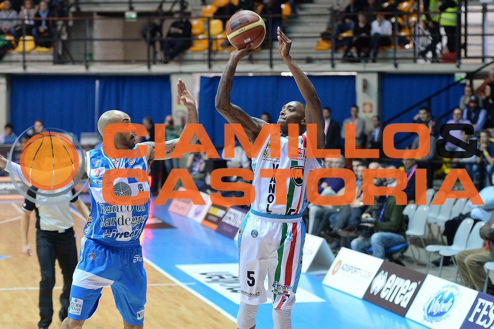 DESCRIZIONE : Final Eight Coppa Italia 2015 Desio Quarti di Finale Banco di Sardegna Sassari vs Vagoli Basket Cremona<br /> GIOCATORE : Hayes Kenny<br /> CATEGORIA :Tiro<br /> SQUADRA : Vagoli Basket Cremona<br /> EVENTO : Final Eight Coppa Italia 2015 Desio <br /> GARA : Banco di Sardegna Sassari vs Vagoli Basket Cremona<br /> DATA : 20/02/2015 <br /> SPORT : Pallacanestro <br /> AUTORE : Agenzia Ciamillo-Castoria/I.Mancini