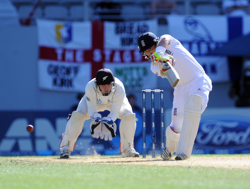 England's Ian Bell bats against New Zealand on the fifth day of the 3rd international cricket test, Eden Park, Auckland, New Zealand, Tuesday, March 26, 2013. Credit:SNPA / Ross Setford