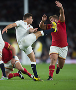 Twickenham, Great Britain,     Ben YOUNGS, kicking clear, Tomas FRANCIS attacking the kick, during the Pool A Game, England vs Wales.  2015 Rugby World Cup, Venue, The RFU Stadium, Twickenham, Surrey, ENGLAND. Saturday   26/09/2015  [Mandatory Credit; Peter Spurrier/Intersport-images]