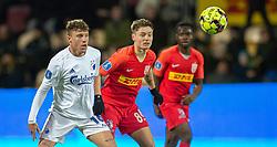 Pep Biel (FC København) og Magnus Kofod Andersen (FC Nordsjælland) under kampen i 3F Superligaen mellem FC Nordsjælland og FC København den 8. december 2019 i Right to Dream Park, Farum (Foto: Claus Birch).