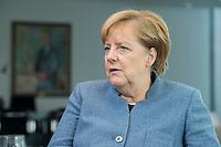 09 OCT 2017, BERLIN/GERMANY:<br /> Angela Merkel, CDU, Bundeskanzlerin, waehrend einem Interview, in ihrem Buero, Bundeskanzleramt<br /> IMAGE: 20171009-01-008<br /> KEYWORDS: B&uuml;ro