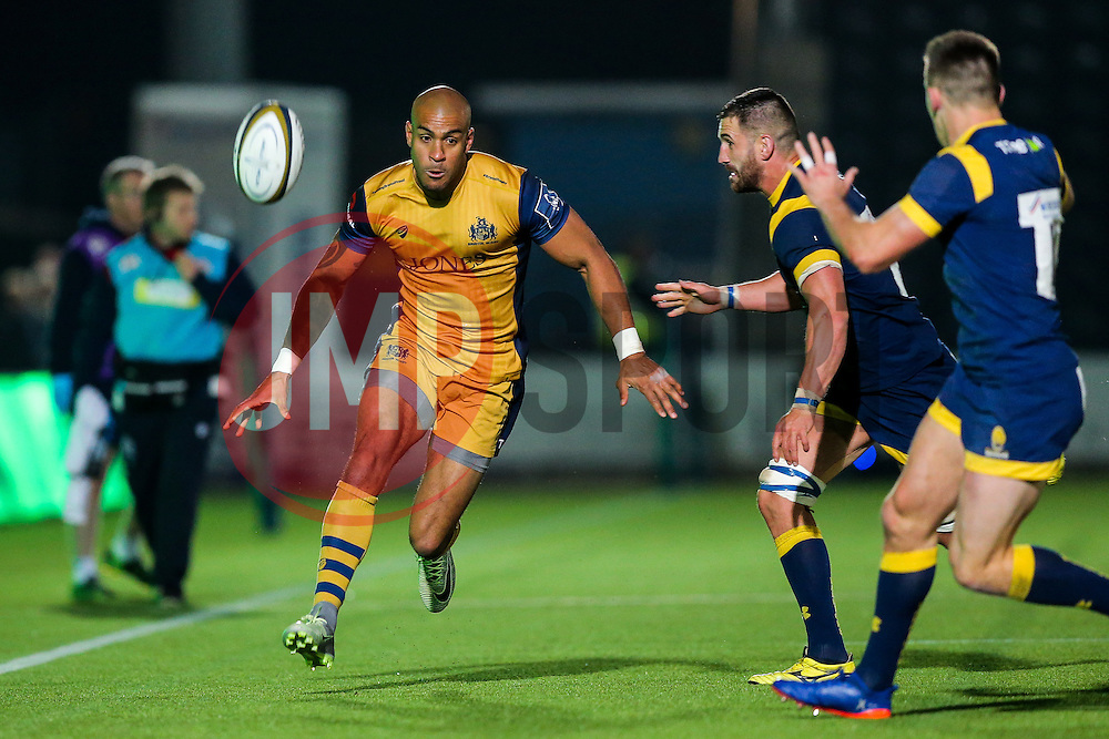 Tom Varndell of Bristol Rugby - Rogan Thomson/JMP - 04/11/2016 - RUGBY UNION - Sixways Stadium - Worcester, England - Worcester Warriors v Bristol Rugby - The Anglo Welsh Cup.