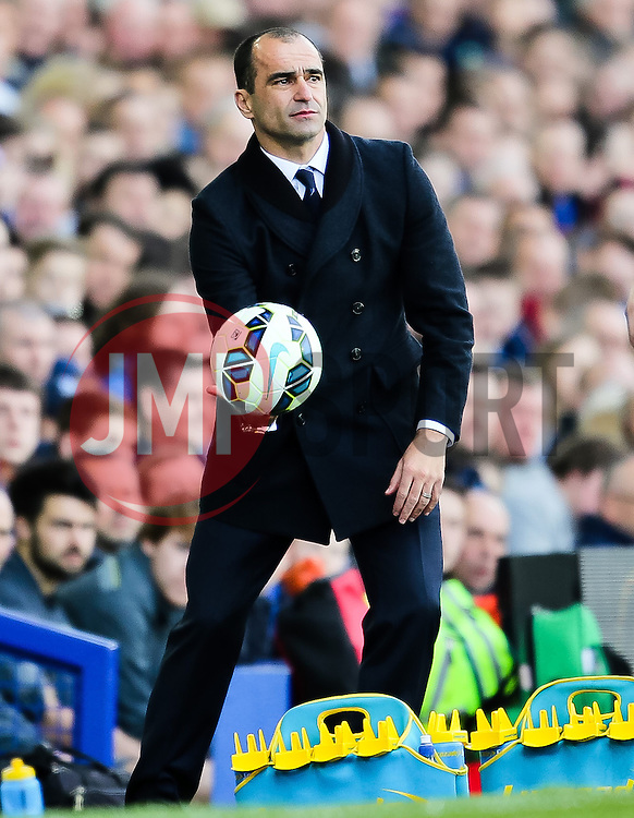 Everton Manager, Roberto Martinez  - Photo mandatory by-line: Matt McNulty/JMP - Mobile: 07966 386802 - 04/04/2015 - SPORT - Football - Liverpool - Goodison Park - Everton v Southampton - Barclays Premier League