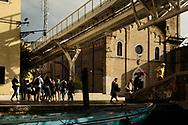 Turismo e modifiche al tessuto urbano. Strutture del People Mover, il trenino sopraelevato che collega il terminal crociere con piazzale Roma.
