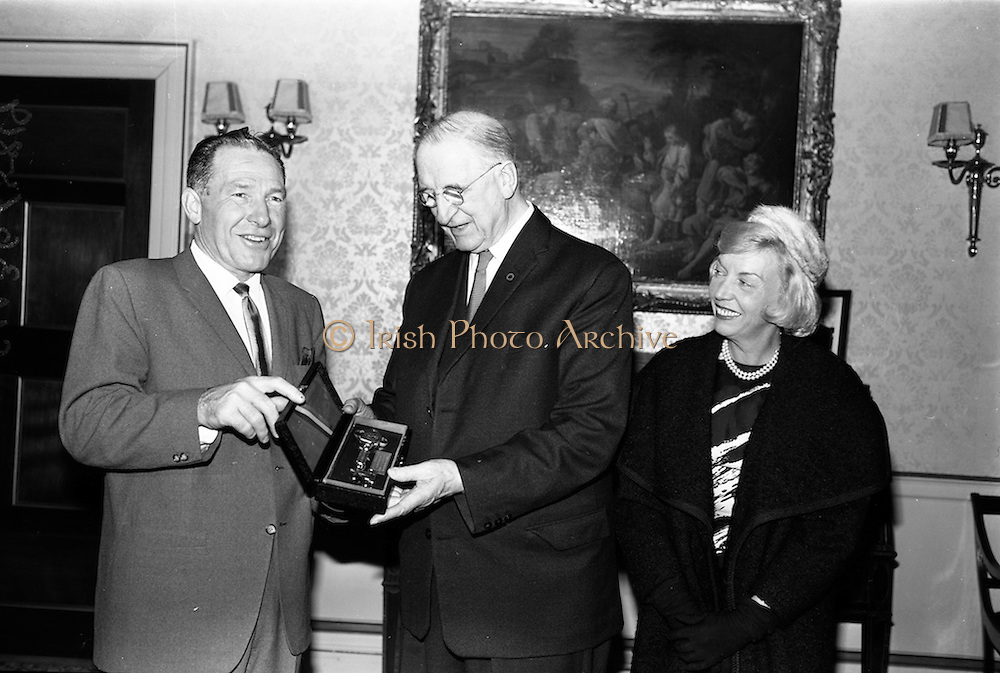 17/11/1964<br />