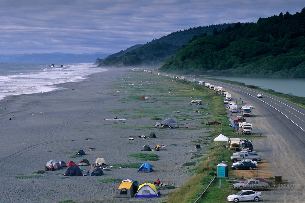 Line of cars & campers at beach, Redwood National Park, near Orick, Humboldt County, CALIFORNIA