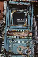 Afghanistan. Herat. colored painted trucks    / camions colorés afghans   nb 24292 2  /     Afg24292 2e  /  R20405  /  P124856
