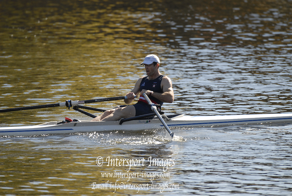 Boston, USA, Master Men's Singles, David GABEL, Eliot Bridge and Cambridge Boat Club, at the Head of the Charles Race, Charles River, Cambridge,  Massachusetts. Saturday  21/10/2007 [Mandatory Credit Peter Spurrier/Intersport Images]..... , Rowing Course; Charles River. Boston. USA