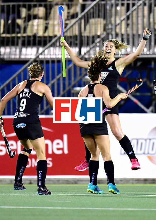 AUCKLAND - Sentinel Hockey World League final women<br /> Match id: 10310<br /> 20 ENG v NZL (Semi Final) 0-1<br /> New Zealand play the final<br /> Foto:  Olivia Merry scores and jump his with Rose Keddell ( 24)<br /> WORLDSPORTPICS COPYRIGHT FRANK UIJLENBROEK