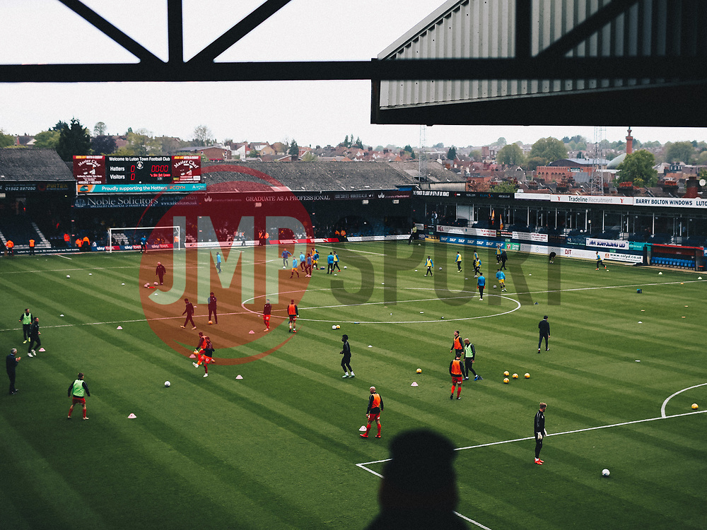 General View at Kenilworth Road - Rogan/JMP - 04/05/2019 - Kenilworth Road - Luton, England - Luton Town v Oxford United - Sky Bet League One.