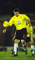 Photo: Paul Greenwood.<br />Bury v Hereford United. Coca Cola League 2. 30/01/2007. Hereford's Steve Jennings clears