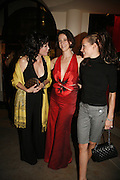 MARIE HELVIN, MARIA GRACHVOGEL AND TARA PALMER-TOMPKINSON, Maria Grachvogel 5th Anniversary of her  Sloane St store. 162 Sloane St. London. 19 October 2006. -DO NOT ARCHIVE-© Copyright Photograph by Dafydd Jones 66 Stockwell Park Rd. London SW9 0DA Tel 020 7733 0108 www.dafjones.com