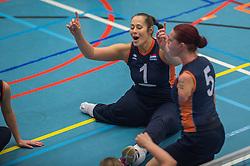 14-02-2016 NED: Nederland - Oekraine, Houten<br /> De Nederlandse paravolleybalsters speelde een vriendschappelijke wedstrijd tegen Europees kampioen Oekra&iuml;ne. De equipe van bondscoach Pim Scherpenzeel bereidt zich tegen Oekra&iuml;ne voor op het Paralympisch kwalificatietoernooi in China, dat in maart wordt gespeeld /   Karin van der Haar #5 of Nederland,  Elvira Stinissen #1 of Nederland