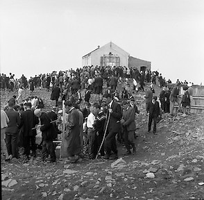 Between 50.000 and 60.000 pilgrims, young and old, from all parts of Ireland and abroad, climbed the rugged slopes of Croagh Patrick to take part in the annual pilgrimage.<br />