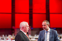 "25.06.2016, Messe, Wien, AUT, SPÖ, Bundesparteitag unter dem Motto ""Österreich begeistern"". im Bild v.l.n.r. Landeshauptmann und Bürgermeister von Wien Michael Häupl und Kanzleramtsminister Thomas Drozda // f.l.t.r Mayor of Vienna Michael Haeupl and Austrian minister of chancellary Thomas Drozda during political convention of the austrian social democratic party at austrian parliament in Vienna, Austria on 2016/06/25. EXPA Pictures © 2016, PhotoCredit: EXPA/ Michael Gruber"