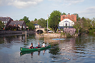 Canoes on the River Thames in front of The Head of the River Pub in Oxford, Uk