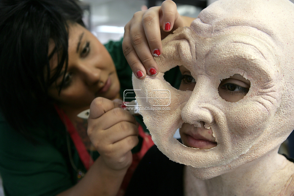 23rd October 2008, Los Angeles, California. Extreme Makeover!  Students at the Cinema Makeup School in Hollywood California, graduate from a special effects make-up course.  In this part of the course, movie industry hopefuls learn to design and create latex masks over a period of four weeks, before demonstrating their competence by transforming models into drag queens, aliens and monsters in only eight hours. PHOTO © JOHN CHAPPLE / REBEL IMAGES.john@chapple.biz    www.chapple.biz.(001) 310 570 9100.
