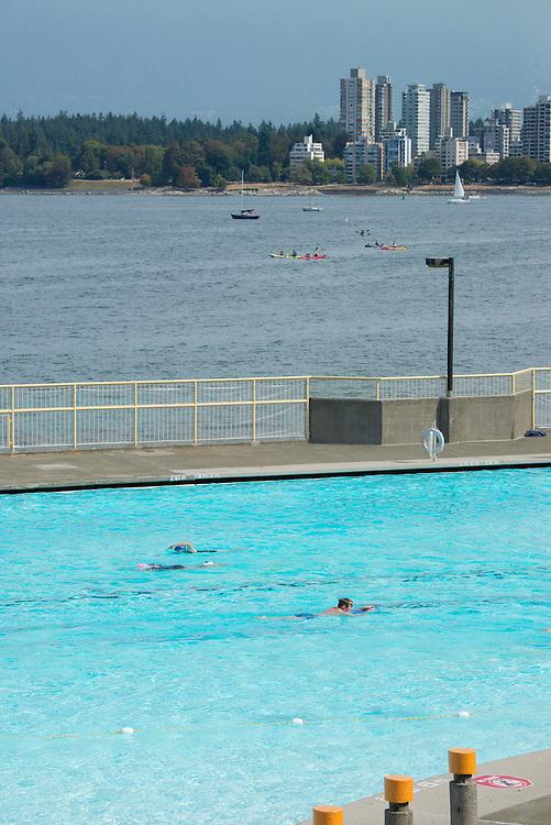 Canada, British Columbia, Vancouver ,English Bay, Kitsilano Beach, University Peninsula, Saltwater pool,